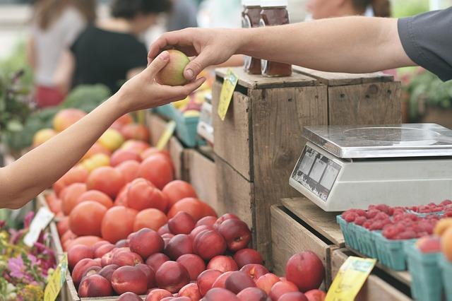 koupě jablka